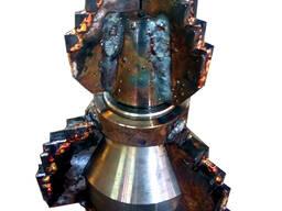 Долото 4-х лопастное (пикобур) 2-х ступенчатое Ф220 мм