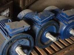 Электродвигатели АИР 750. 1000.1500.3000 об/мин 0,12-315 квт