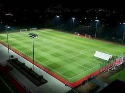 Футбольные поля и стадионы под ключ.