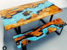Мебель и мебель из эпоксидной смолы.