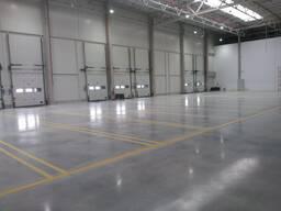 Монолитные бетонные промышленные полы, полимерные наливные п