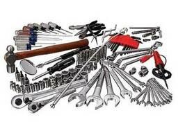 Набор инструментов любого вида (метчики, фреза, резец)