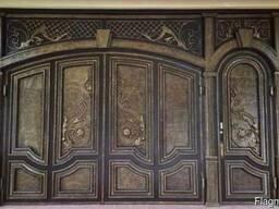 Покраска металлических ворот.
