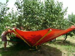 Прицепная машина для сбора вишни, сливы, маслин, орехов