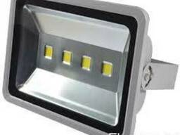 Прожектор LED 200 W